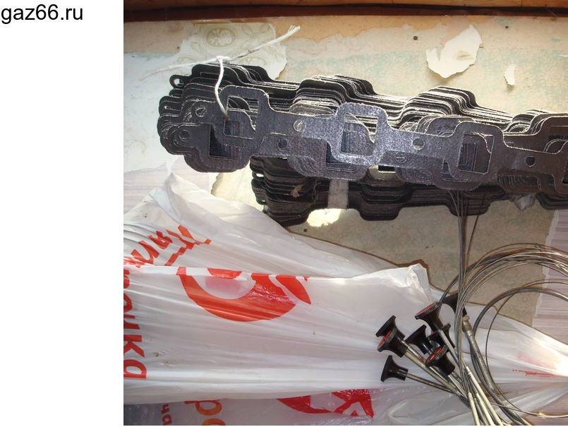 Прокладка выпускного коллектора ГАЗ-66 - 1